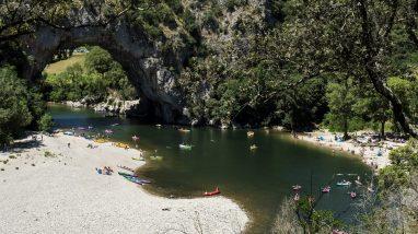 Les 10 bonnes raisons de camper en Ardèche